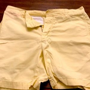 Vineyard vines shorts yellow